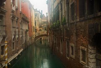Veneza com frio e chuva