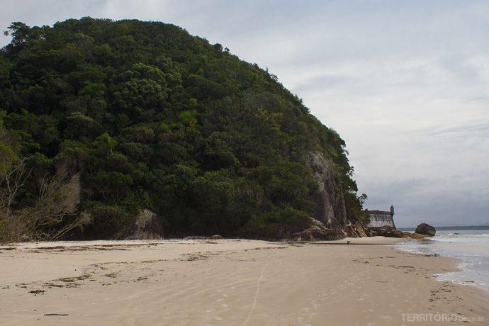 Trilha na Praia de Fortaleza