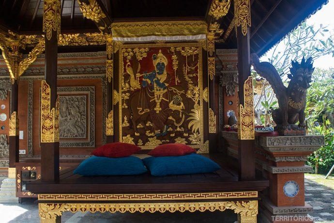 Decoração dourada na Royal Suite