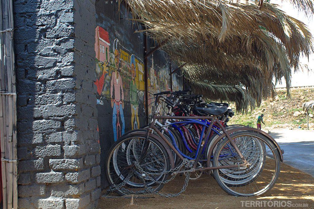 Hostel organiza passeios de bike pelo Soweto