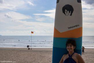 Em Kuta Beach depois de mais de duas horas na água