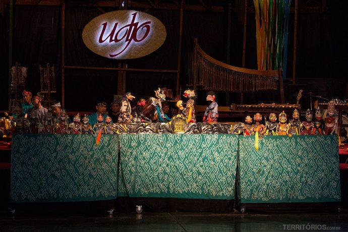 Teatro de bonecos de madeira Wayang Golek