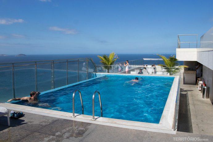 Piscina no terraço Hilton Hotel Copacabana