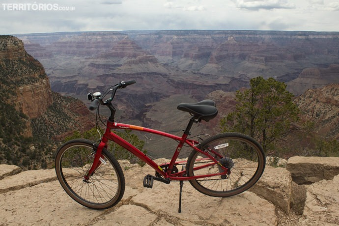 Tour de bicicleta no Grand Canyon