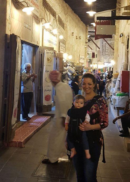 Juliana e Nina no Souq Waquif