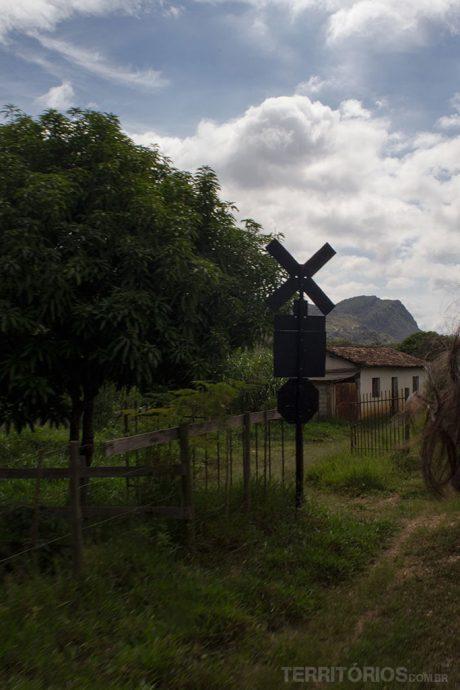 Paisagem rural em viagem de trem