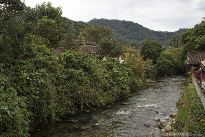 Rio Preto divide as duas Maringás