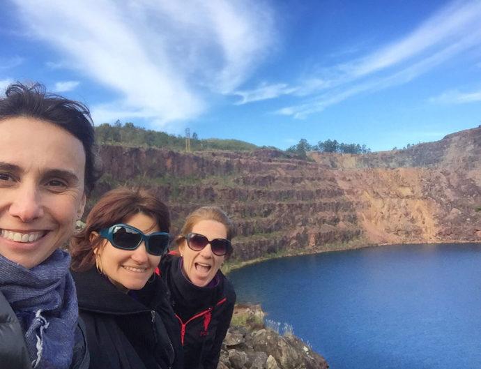 Alexandra, eu e Gardênia no poço azul das Minas do Camaquã