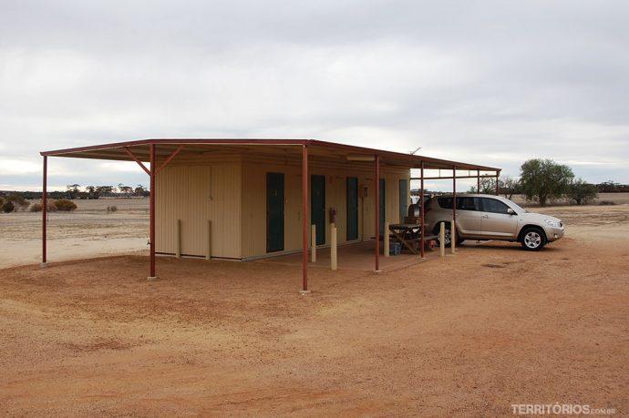 Quatro cabanas para duas pessoas