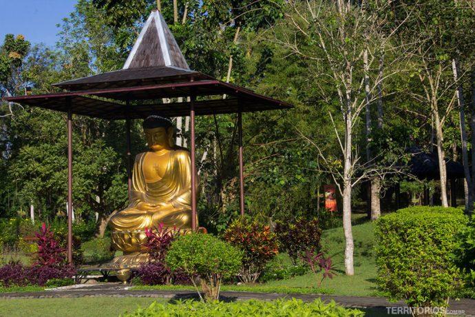 Decoração nos jardins do Manohara
