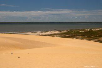 Vista para o mar do alto das dunas