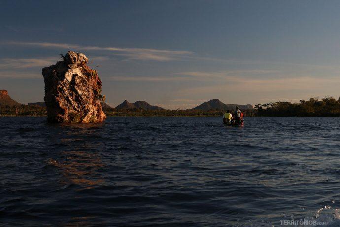 Rio Tocantins e a Pedra Encantada