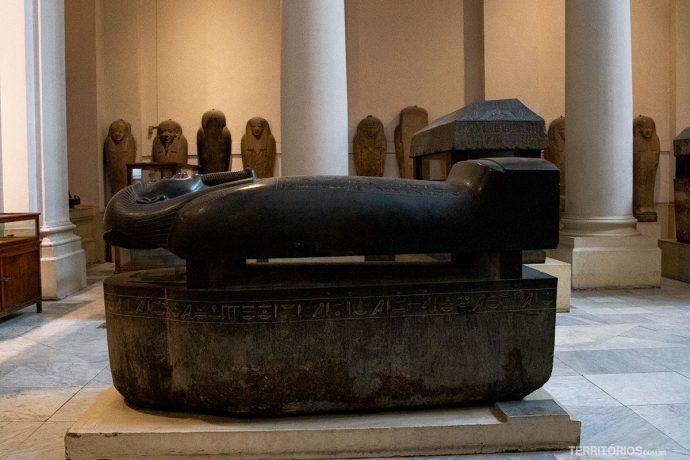 No Museu Egípcio
