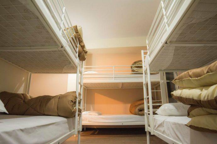 Hospedagem em Atenas: dormitório para 6 pessoas