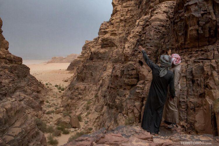 Wadi Rum com beduínos