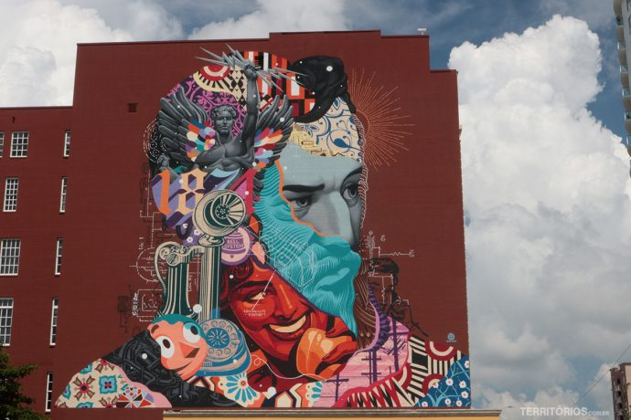 The spirit of Communication por Tristan Eaton