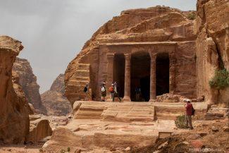 The Garden Temple foi, provavelmente foi um sistema de água pela estrutura das pedras internas
