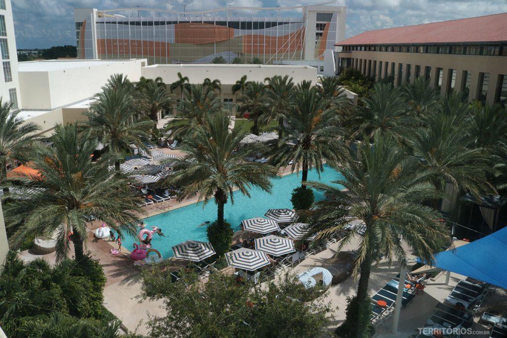 Vista da minha janela para a piscina