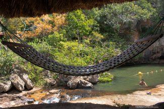 Descanso em frente a Cachoeira Santa Paula
