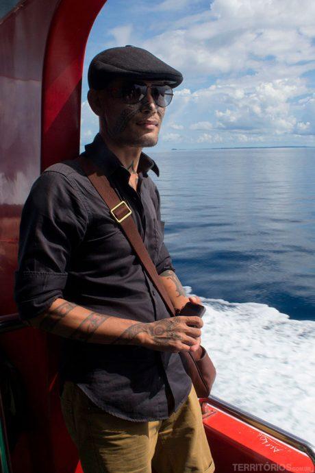 Rahung Nasution e as tradicionais tatuagens feitas por tribos na Sumatra