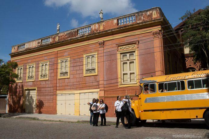 O prédio do Museu do Doce é patrimônio cultural do Brasil. Um edifício de arquitetura eclética, do século XIX.