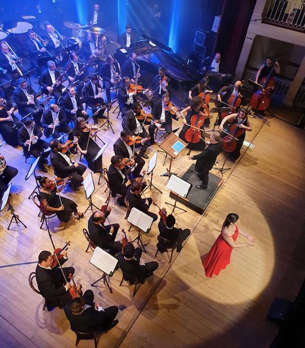 Concerto de pré lançamento do Natal Luz 2019/2020 no Teatro São Pedro, em Porto Alegre
