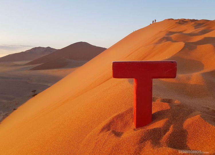 Tesão no deserto mais antigo do mundo, na Namíbia