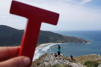 No topo do Morro da Coroa em Florianópolis
