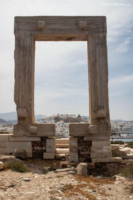Vista para Naxos de Portara