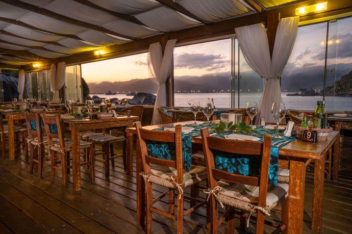 Restaurante na Ilha do Papagaio
